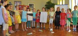 Dzieci o segregowaniu odpadów i matczynej miłości w bibliotece, 23.05.2014